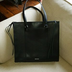 becca Minkoff Always on Side Zip Regan Ladie tote